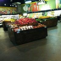 รูปภาพถ่ายที่ Horizon Vista Market โดย Jenny เมื่อ 4/19/2012