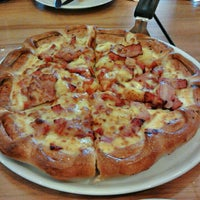 Photo taken at The Pizza Company by Lupee I. on 7/23/2012