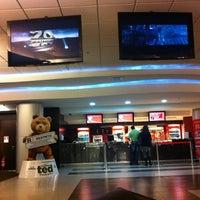 Foto tirada no(a) GNC Cinemas por Cid T. em 8/21/2012
