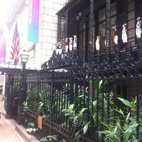 Das Foto wurde bei 21 Club von Eric P. am 9/6/2012 aufgenommen