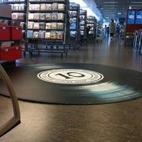 Photo taken at Kirjasto 10 by Jan H. on 8/16/2012