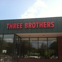 Photo taken at Three Brothers Italian Restaurant by Nesnas N. on 5/24/2012