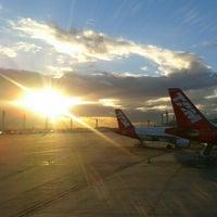 Photo taken at Rio de Janeiro–Galeão International Airport (GIG) by Daniotti U. on 5/7/2012