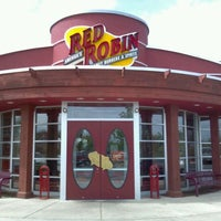 Photo taken at Red Robin Gourmet Burgers by Doug D. on 4/17/2012