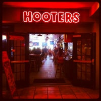 Photo taken at Hooters by Dr. Adam P. Z. on 8/14/2012