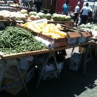 Foto tirada no(a) DC Farmers Market por Nathan M. em 6/16/2012