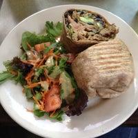 Photo taken at Jivamuktea Café by Denisa on 7/14/2012