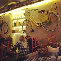 Снимок сделан в Caffe Centrale пользователем Alexandra W. 6/12/2012
