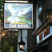 Photo taken at The Dove by Giulia F. on 5/27/2012