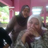 Photo taken at Tweenz Corner by Fiza H. on 9/5/2012
