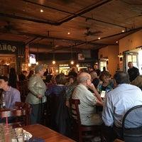 Foto scattata a El Charko Grill & Bar da Ken J. il 3/26/2016