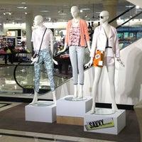 Foto diambil di Nordstrom Tacoma Mall oleh Andrew C. pada 6/6/2013