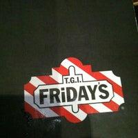 12/17/2012 tarihinde Craig J.ziyaretçi tarafından TGI Fridays'de çekilen fotoğraf