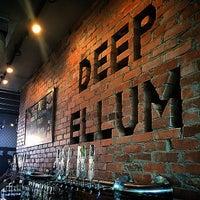 6/27/2015 tarihinde PureSkyziyaretçi tarafından Deep Ellum Brewing Company'de çekilen fotoğraf