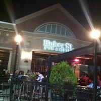 Foto tomada en Baker St. Pub & Grill por Carlos R. el 2/3/2013