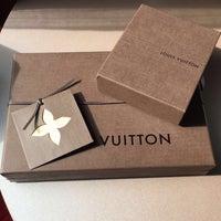 รูปภาพถ่ายที่ Louis Vuitton โดย Wajd ✨ เมื่อ 8/11/2016