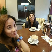 Photo taken at COSTA COFFEE by sHyLo T. on 11/11/2016