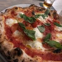 3/14/2018 tarihinde Nick S.ziyaretçi tarafından W Pizza'de çekilen fotoğraf