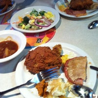 Photo taken at Shoney's by Sorn P. on 4/1/2013