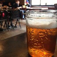 5/11/2013にJon W.がThe Sparrow Tavernで撮った写真