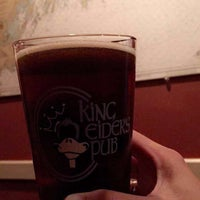 Photo taken at King Eider's Pub and Restaurant by Alaine H. on 7/23/2017