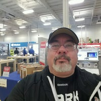 Photo taken at Best Buy by Phil C. on 1/4/2017