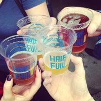 4/19/2013にChris H.がHalf Full Breweryで撮った写真