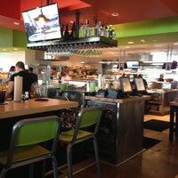 Das Foto wurde bei Hopdoddy Burger Bar von Mark T. am 10/11/2012 aufgenommen