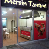 Photo taken at mersin tantuni by Şeref P. on 11/5/2014