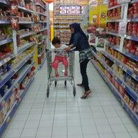 Photo taken at Hypermart Mandau City Mall by Sulaiman J. on 5/15/2014