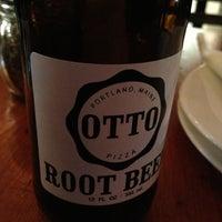11/30/2012 tarihinde Keith V.ziyaretçi tarafından OTTO'de çekilen fotoğraf