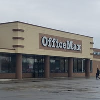 Photo taken at OfficeMax by Ami H. on 4/4/2017