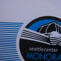 Foto tirada no(a) Seattle Center Station - Seattle Center Monorail por Taylor O. em 3/18/2013