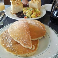 Photo taken at Sam's Morning Glory Diner by Faith O. on 12/22/2012