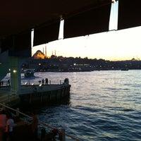 10/7/2012 tarihinde Didem A.ziyaretçi tarafından Galata Junior Restaurant'de çekilen fotoğraf