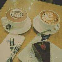 Photo taken at Stan & Brew Roast Coffee by Jacy 🌸 on 4/25/2015