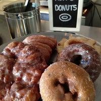 รูปภาพถ่ายที่ East Village Café โดย Will S. เมื่อ 5/3/2013