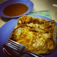 Photo taken at The Roti Prata House by Zaki S. on 9/17/2014