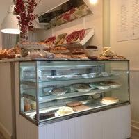 รูปภาพถ่ายที่ Maria's Bakery โดย Pierre-Alban W. เมื่อ 7/12/2013