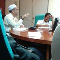 Photo taken at Lembaga Pertubuhan Peladang Negeri Perak by Meor Ismail T. on 3/14/2014