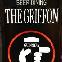 Foto scattata a BEER DINING The Griffon da Funky K. il 6/29/2013