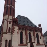Photo taken at Alte Nikolaikirche by Maya B. on 3/27/2016