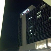 Photo taken at Grand Hyatt DFW by Javier M. on 12/19/2012