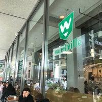 Foto tirada no(a) Westville Wall Street por Florian S. em 10/25/2017