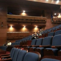 Photo taken at Teatro Municipal de Las Condes by JuliottC on 8/31/2013