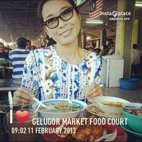 Photo taken at Gelugor Market Food Court by Yusrizan M. on 2/11/2013