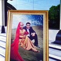 Photo taken at Gedung Sunan Pandanaran (RSPD) by Yustika C. on 5/29/2014