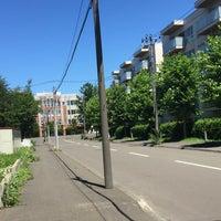 Photo taken at 北海道札幌北高等学校 by あろさわ き. on 7/24/2016