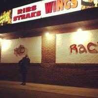 2/18/2013 tarihinde Jason S.ziyaretçi tarafından The Rib Rack'de çekilen fotoğraf
