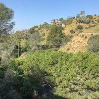 Снимок сделан в Hollywood Hills пользователем Dmitry K. 4/28/2018
